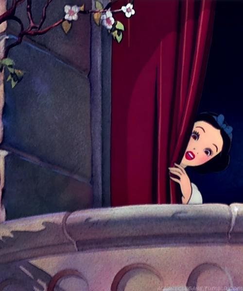 Snow White ~ Peek A Boo!