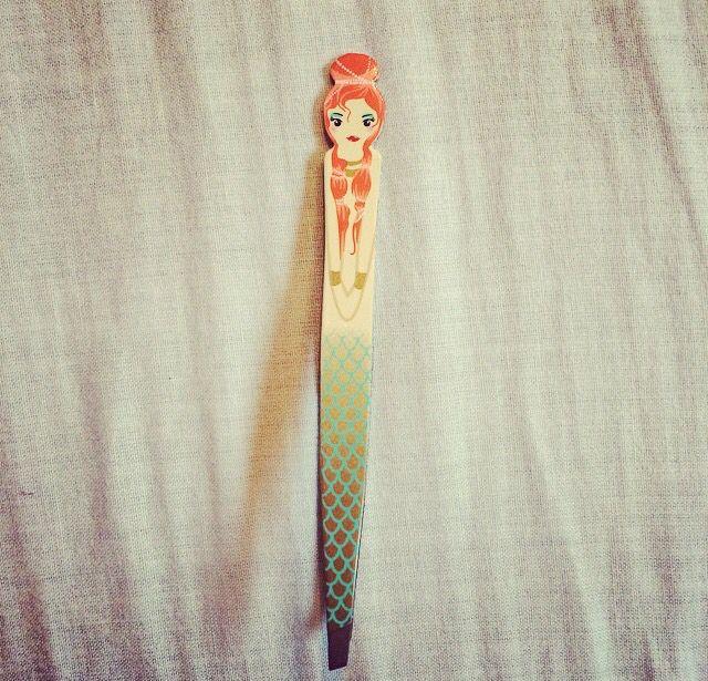 Mermaid tweezers