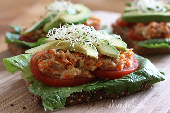 Open Faced Tuna Sandwich with Avocado | Skinnytaste My lunch today...yum-o! Great