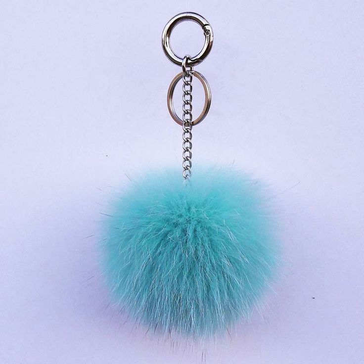 If you like to buy one of our products please visit our etsy shop (link in bio) #fur #pompom #keychain #furfashion  #pistachio #fashion #new #moda #modern #style #love #summertime #sun #sunset #summer #furbags #bag #leatherbag #light #accessories #women #etsy #seller #night #trendy
