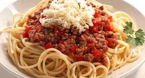 pasta con carne, espaguetis con carne molida, recetas con pasta, pasta