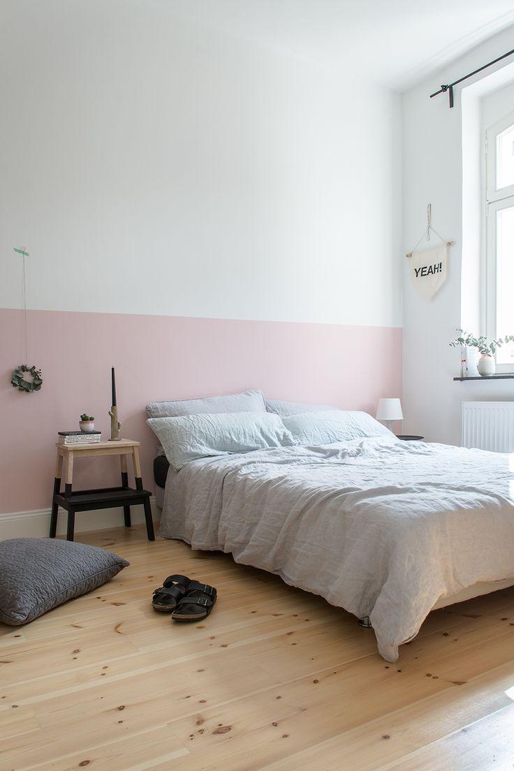 Das hat der Mann gesagt, als ich ihn fragte ob er sich eine rosafarbene Wand im Schlafzimmer vorstellen könnte. Sag niemals nie :wink:
