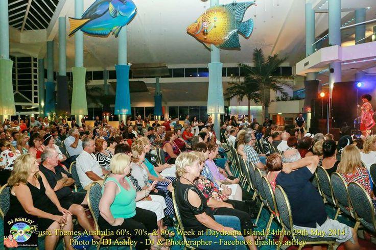 Daydream Island crowd