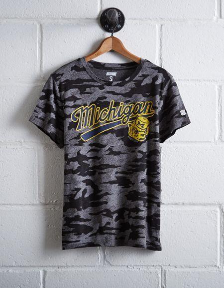 Tailgate Women's Camo Michigan T-Shirt