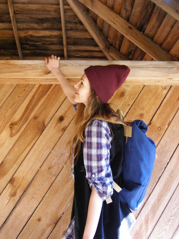 Marzi <3 Tchakon    #backpack #rucksack #plecak #retro #design  #vintage   #canvas #new #sneakpeak #tchakon #logo #bike #rower #warszawa #warsaw #old #oldschool #urban #clothes #fashion #beanie #woodendoor
