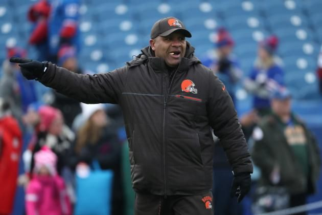Hue Jackson Says He'll Swim in a Lake If Browns Finish 1-15 Again