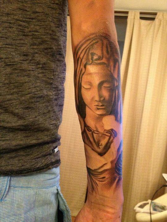 #blackandgrey #tattoo #lapietat #religious tattoo #stgochile by pincel tattoo