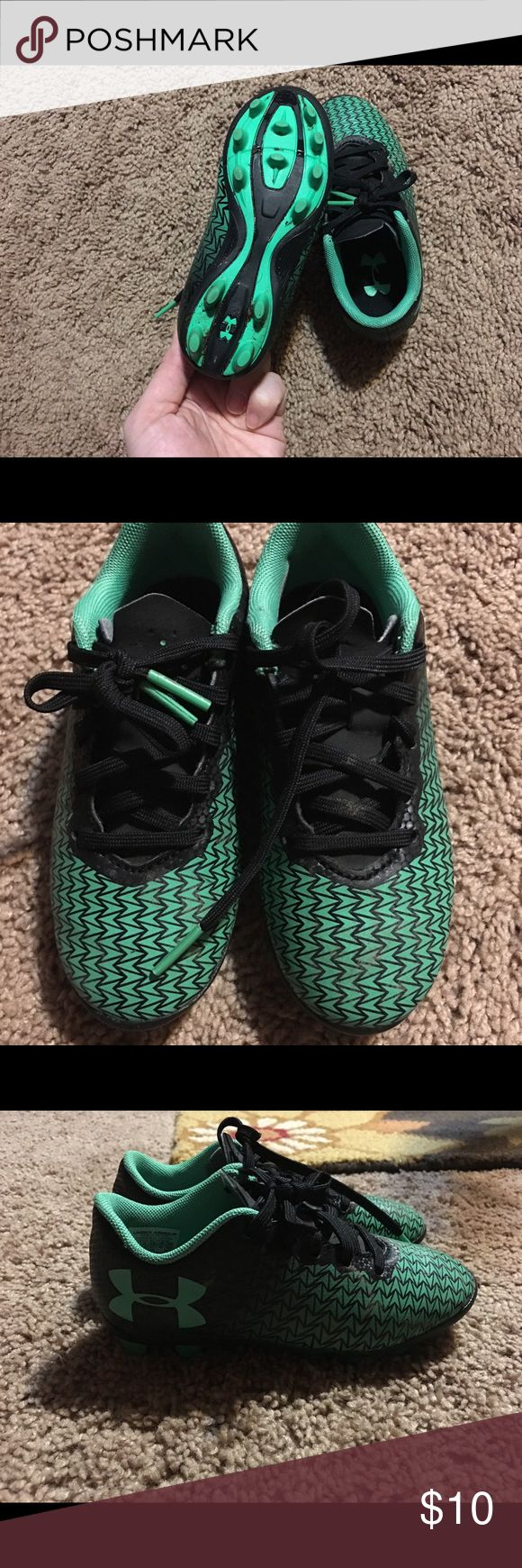 Boys' Under Armour Soccer Cleats Toddler size 10. USED condition. Worn for one season! Under Armour Shoes