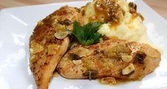 Pikáns fokhagymás csirke recept: Ezt a pikáns fokhagymás csirke receptet egy német recept újságban találtam és rögtön kedvet kaptam az elkészítéséhez. Nem kell órákat a konyhában állni mellette, mégis nagyon finom. Én most burgonya pürével tálaltam, de párolt rizzsel vagy sült burgonyával is nagyon finom. :)