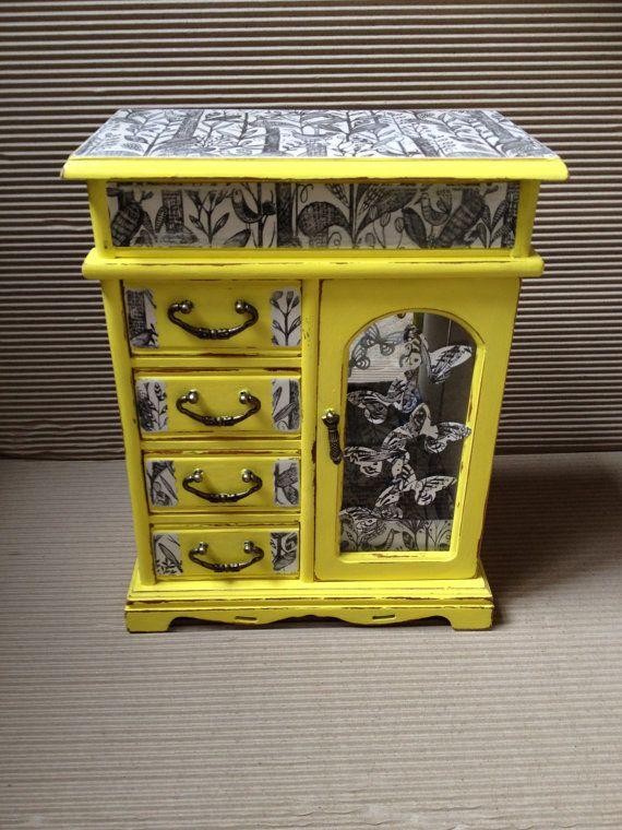 Vintage Jewellery box  Jewelry box shabby chic jewellery by artdp, £60.00