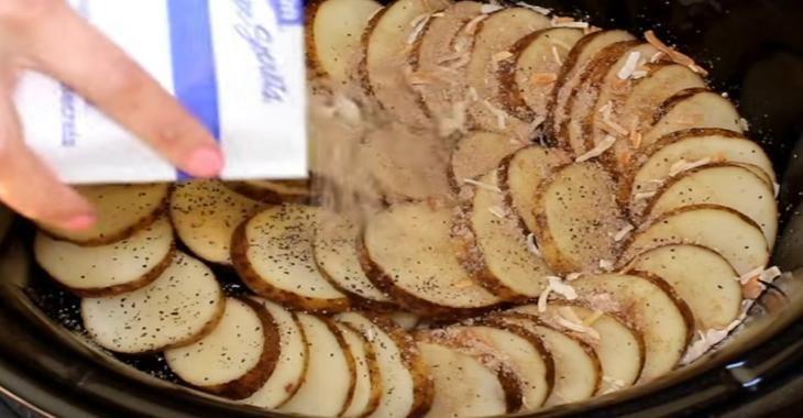 Ajoutez un sachet de soupe Lipton à vos pommes de terres afin de les cuisiner d'une toute nouvelle façon