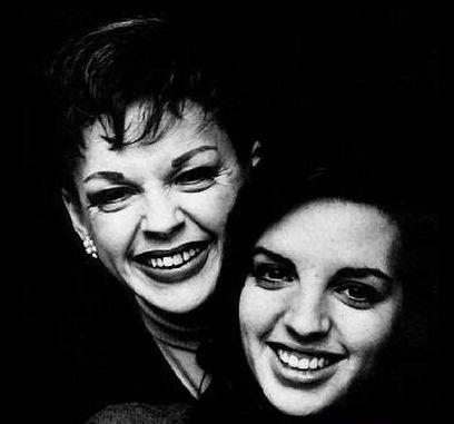 Judy y Liza, Madre e hija. Voz y Voz sagradas eternas.