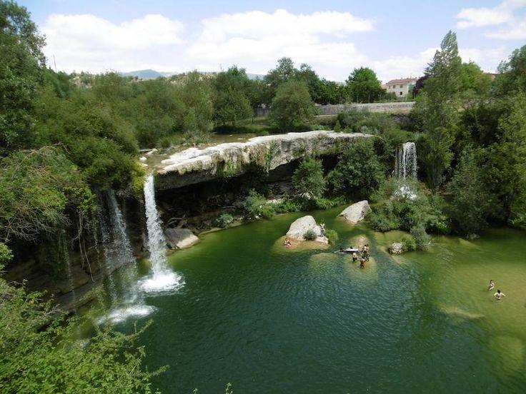 M s de 10 ideas incre bles sobre cascada de la piscina en for Piscinas soto