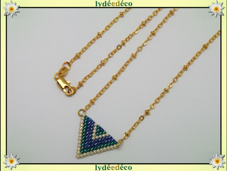 Collier plaque or 18K lilas bleu violet vert beige et or tissage triangle chevron chaine boule : Collier par lydeedeco