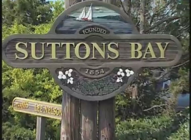 suttons bay women Fine ladies clothing and accessories from around the globe and home to haystacks brand, which has been hand cut and sewn in northern michigan for over 15 years.
