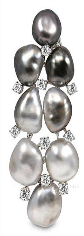 Yoko London Pearl and Diamond Earring
