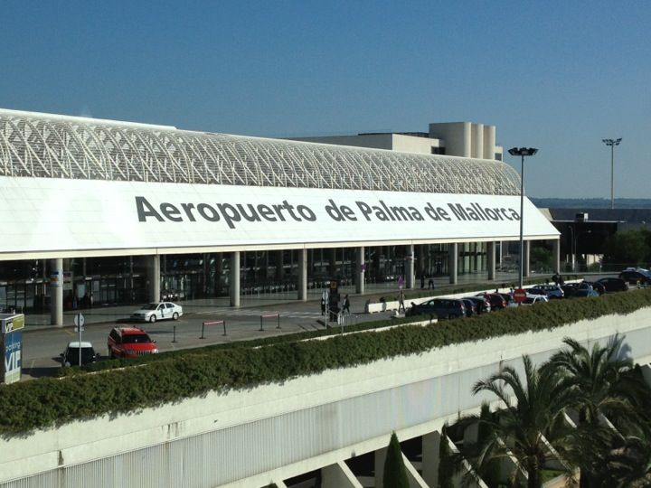 aeroport de palma de mallorca pmi the airport i go to. Black Bedroom Furniture Sets. Home Design Ideas