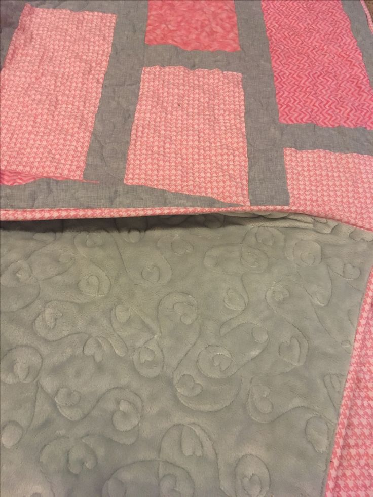 Quilted Legacy- Binding the Generations. Custom quilting and services.