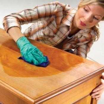 Чистка, полировка мебели, зеркал, стекла, обуви старыми колготками