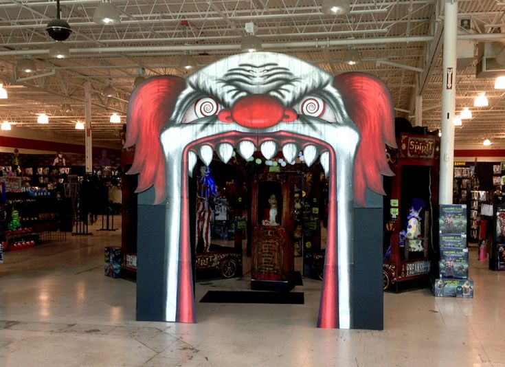 halloween circus entrance