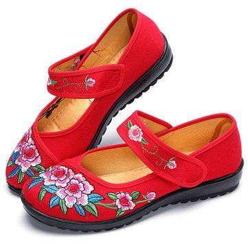 Flower Round Toe Buckle Causal Flat Loafers For Women - US$16.96