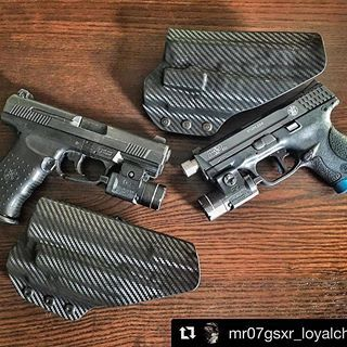 #Repost @mr07gsxr_loyalchiver (@get_repost) ・・・ Thank you @daraholsters for this wonderful set of itw holsters. #carbonfiber #smithnwesson #m&p #mp40c #mp9c #2a #kkmprecision #40to9conversion @apextactical #thinblueline @theneomag @streamlightinc @smithandwesson_fanatics @springer_precision
