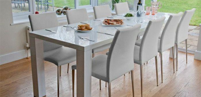 дизайнер обеденный стол и стулья в белом