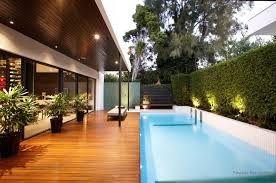 Resultado de imagem para kolam renang minimalis belakang rumah