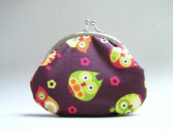owls on brown  small frame pouch by onnaBandA on Etsy, €15.00