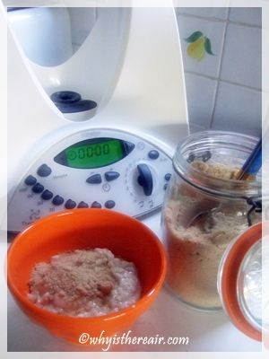 Thermomix Porridge cooks and stirs itself while you get ready for your day! Love this for breakfast with banana and maple syrup or just frozen berries....