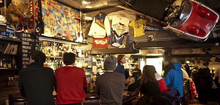 Broken - American Bar & Grill