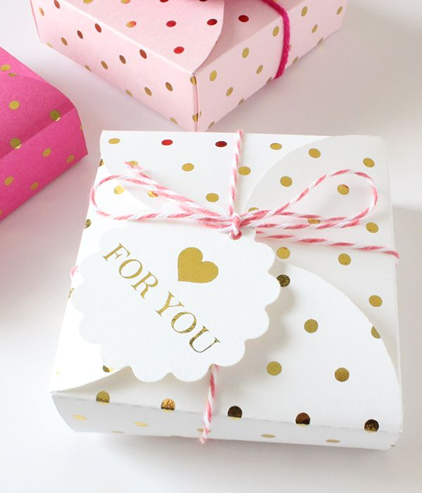 25+ unique Gold gift boxes ideas on Pinterest | Gold wrapping ...