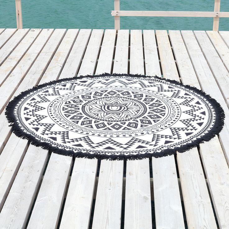 Linum Home Textiles Kilim Round Pestemal Beach Towel
