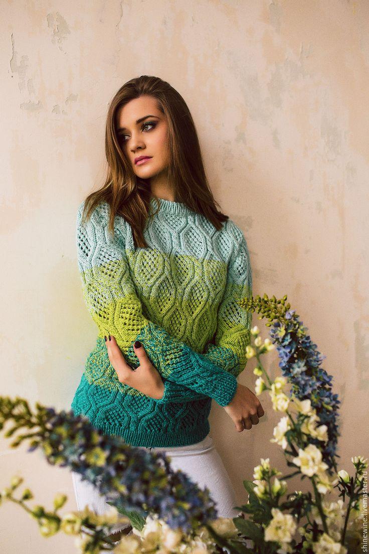 Купить весенний свитер - ярко-зелёный, свитер вязаный, свитер женский, ручная работа