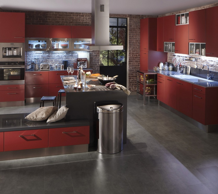 cuisine rouge quel plan de travail avec des. Black Bedroom Furniture Sets. Home Design Ideas
