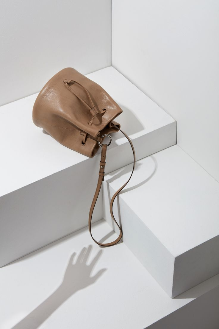 16FW LUCCICA_NO 53 taupe #bag #bucketbag #leather #LLG #largeleathergoods #leatherbag #16FW