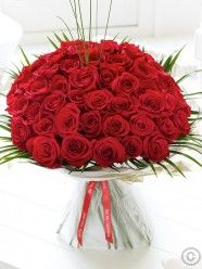 Unforgettable 50 Red Rose Hand-tied