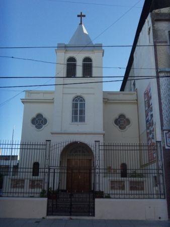 IGLESIA ARMENIA DE LA SANTA CRUZ DE VARAG BARRIO FLORES BUENOS AIRES