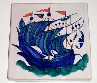 #Piastrella in #ceramica realizzata con la tecnica della decorazione della #maiolica. Ispirazione alle decorazioni turche di Iznik Yurdan