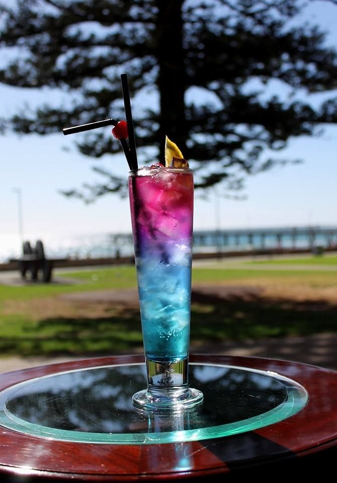Cocktail by the beach?