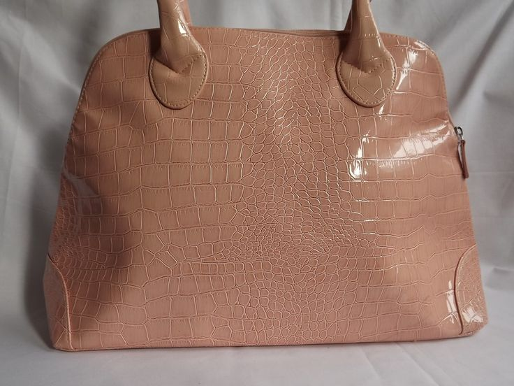 Jessica Simpson handbag, leather ecological lacquered salmon color, elegant