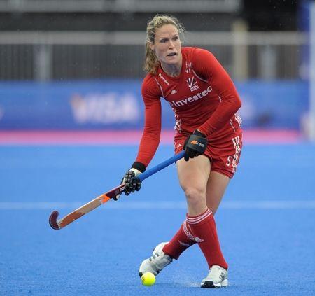 Crista Cullen - Hockey.