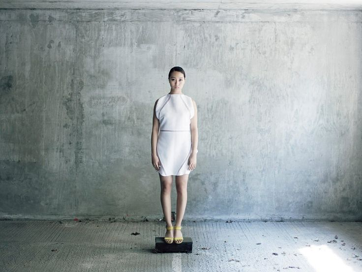 Designer: Stephanie Lai  Model: Xiwen Zhang www.lindajansdotter.se