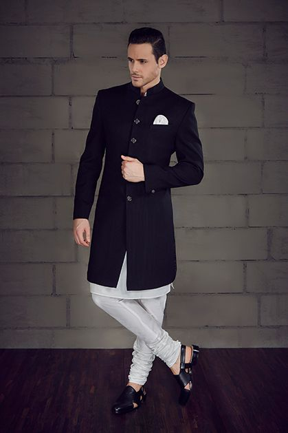 M17-48 - Nawabi Sherwani highlighted with buttons
