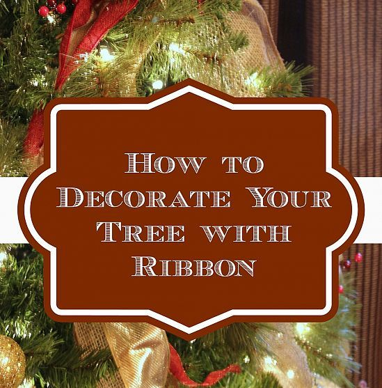 How to Decorate a Christmas Tree With Ribbon