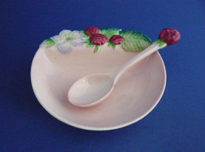 Carlton Ware 'Raspberry' Preserve Dish and Spoon Boxed Gift Set c1939