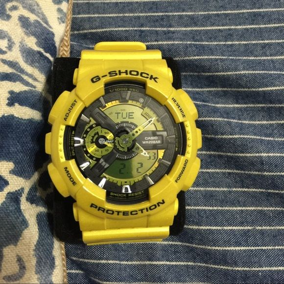 Casio g shock (metallic yellow) watch Never worn brand new g shock metallic yellow watch. No box or paper work. 100 percent authentic. Reasonable offers please. Casio gshock Accessories Watches