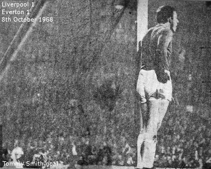 Liverpool 1 Everton 1 in Oct 1968 at Anfield. Everton keeper Gordon West can't believe it's 1-1 in the Merseyside derby #Div1