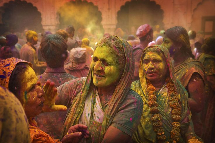 Holi celebration in temple in Mathura http://www.aryavrittravels.com/tour/holi-color-festival-celebration-india/