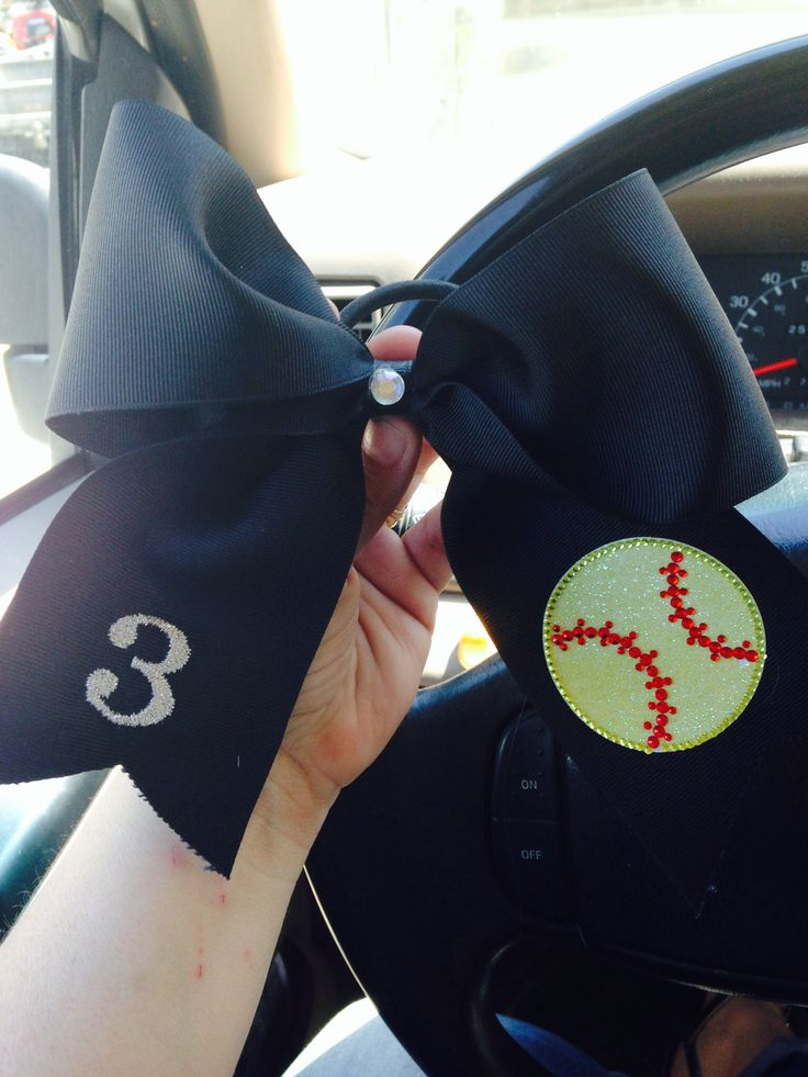 Softball Bow. I want this. #3 is actually my number for softball!!:)